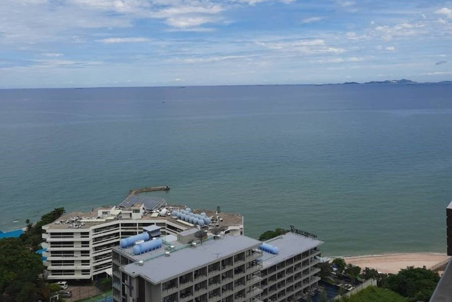 For SaleCondoChonburi, Pattaya, Bangsa : It's time for a spoon to buy a condo below the market price! Sea view, view of god! Baan Plad, Pattaya Beach, Duplex 2 floors, 88 sq m, only 8.8 million!
