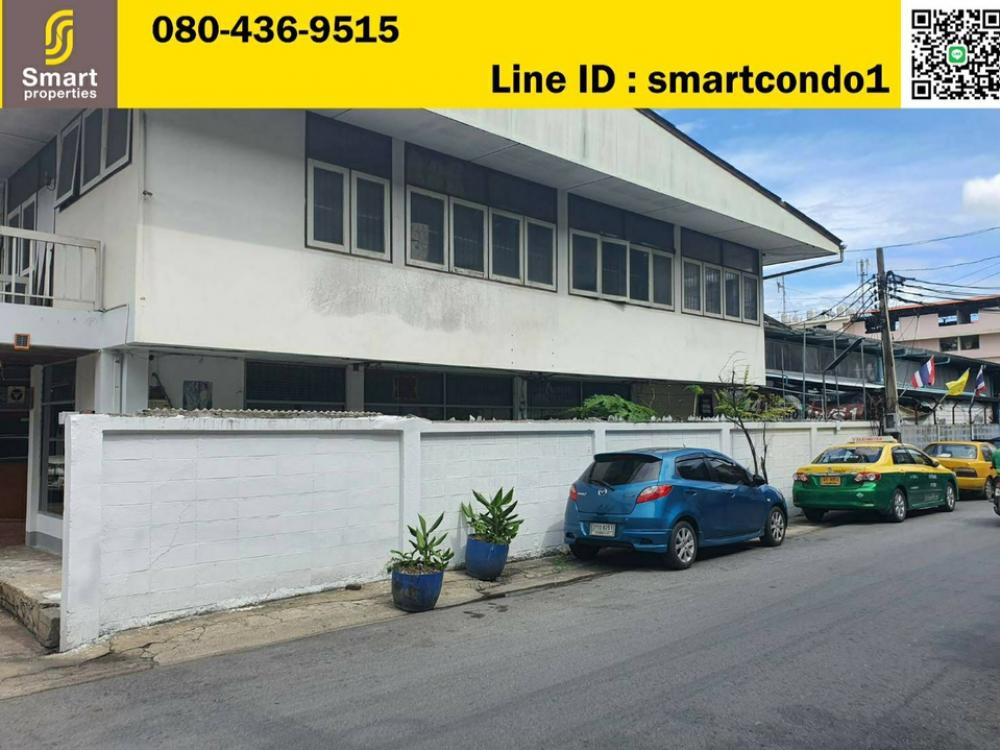 For SaleLandRama3 (Riverside),Satupadit : Urgent sale of land in Rama 3 area, only 150,000 baht / square wa. Soi Charoen Rat 7 Intersection 29 (Soi Wat Sai) Rama 3 Road, Bang Kho Laem District. Area 1 rai 3 ngan 44 square wah. Land and buildings 41 meters wide, 78 meters deep, brown area. Suitabl