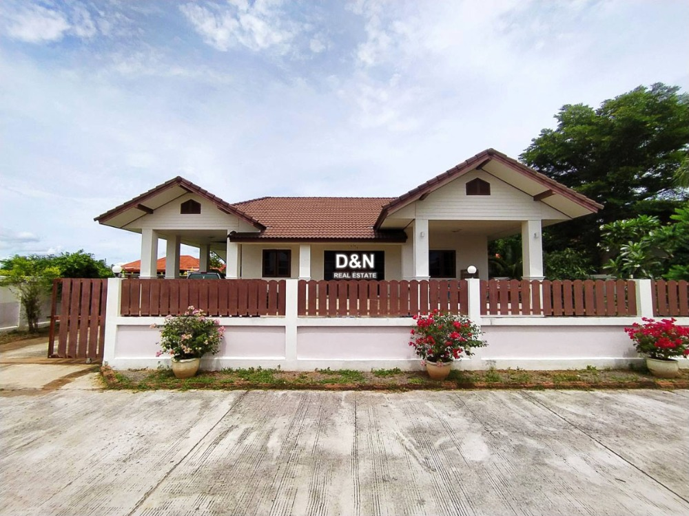 For SaleHouseRatchaburi : House for sale, Neramit Mongkhon, Chom Bueng, Ratchaburi, good condition, close to the source of prosperity, very cheap sale