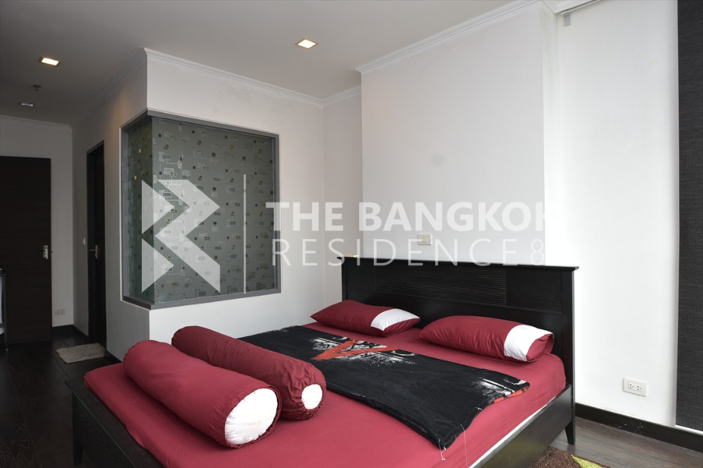 For SaleCondoRatchathewi,Phayathai : Ideo Q Phayathai for sale, Duplex room, the most bang price, 10 million, 1 bedroom, 2 bathrooms, size 62.07 sq.m., interested, contact 065-824-4150, nam