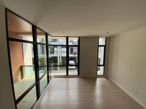 For SaleTownhouseBangna, Lasalle, Bearing : ⭐️ ขาย Home Office ทำเลคอนโด - ริมถนนบางนา ตราด ก.ม. 5 เนื้อที่ 22 ตร.วา พื้นที่ใช้สอย 190 ตร.ม. ราคา 5.85 ล้านบาท โซนออฟฟิศและ 3 นอนใหญ่ ห้องน้ำในตัวทุกห้อง ⭐️