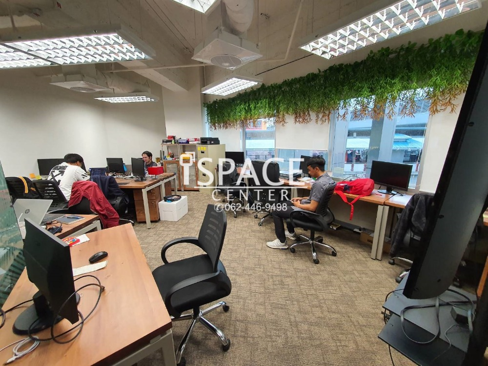 For RentOfficeRatchathewi,Phayathai : For rent Service Office BTS Phaya Thai is a private room. No need to decorate the office And carry the notebook and go to work immediately !!!