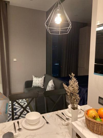 For RentCondoRama9, RCA, Petchaburi : The Esse @ singha complex for rent 2 units