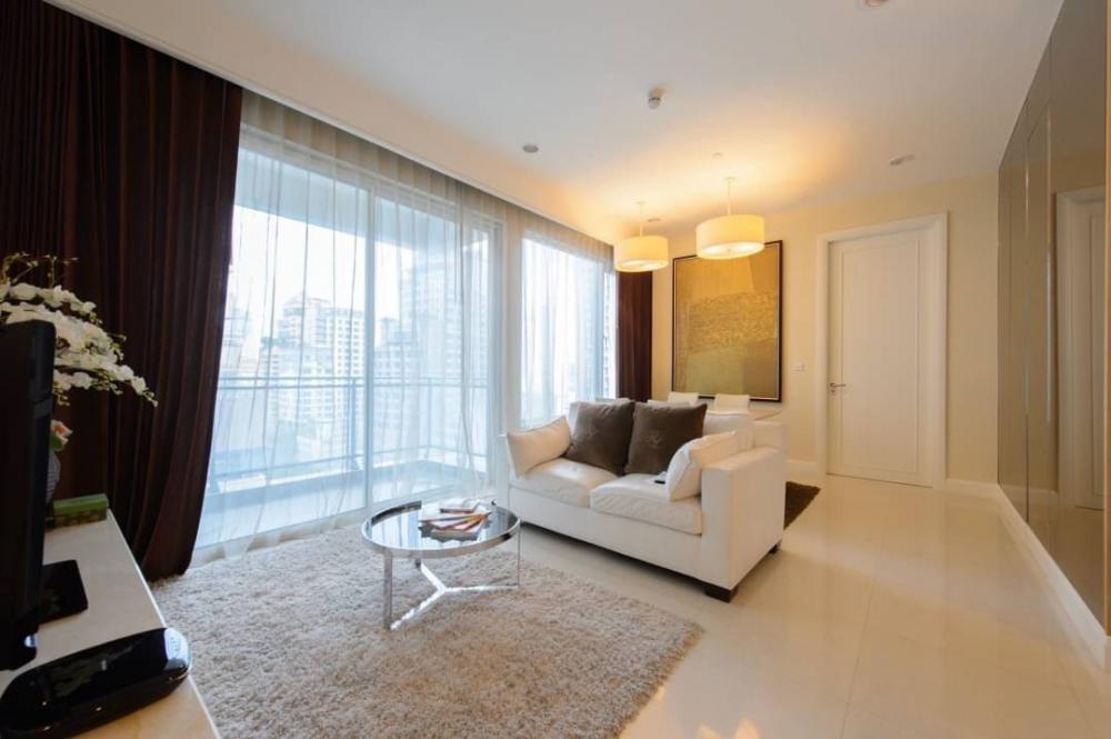 For RentCondoWitthayu,Ploenchit  ,Langsuan : Condo for rent: Q Langsuan Type: 2 bedrooms, 2 bathrooms, size: 94 square meters, floor: 9, rental price 90,000 baht / month.