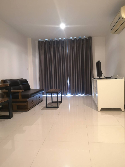 For RentCondoSukhumvit, Asoke, Thonglor : For Sale / for Rent (19K) Voque Sukhumvit 16, BTS Asoke fully furnished 52 sqm, ready to move in.