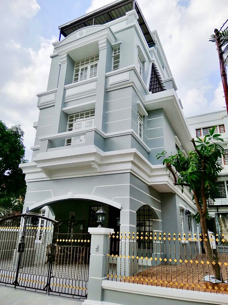 For RentTownhousePinklao, Charansanitwong : 4-storey townhome for rent, Tharinee Mansion, Borommaratchachonnani Road, Soi 19, Taling Chan, Bangkok