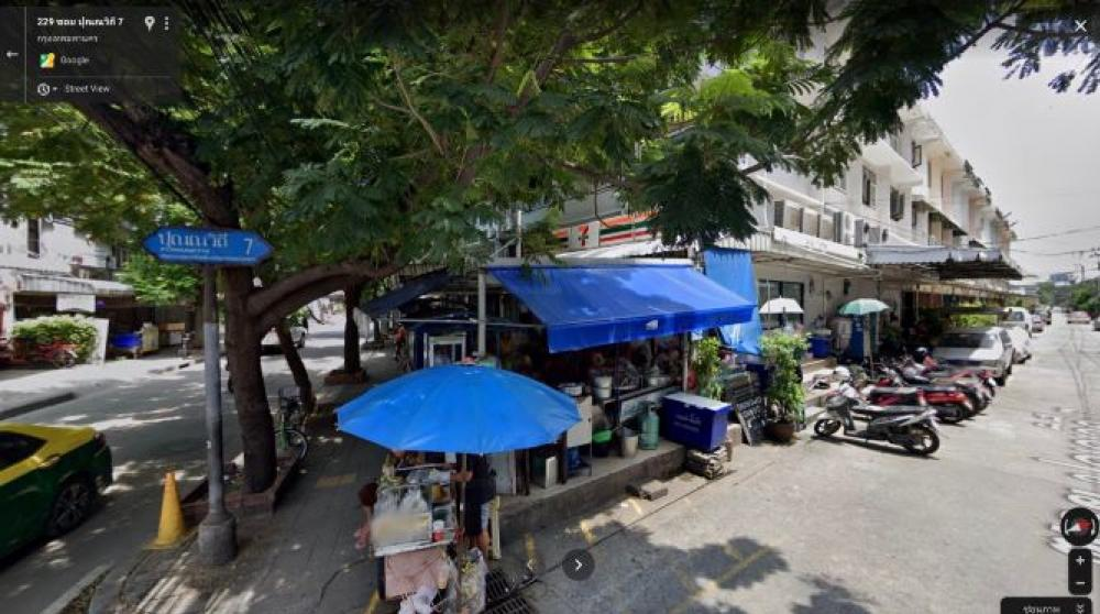 For RentRetailSukhumvit, Asoke, Thonglor : Seven sales areas, good location, people pass all day