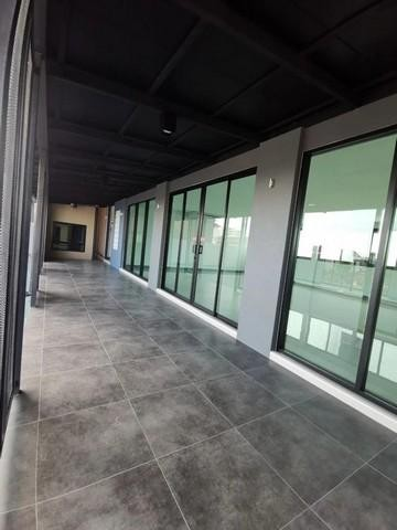 For RentHouseLadprao 48, Chokchai 4, Ladprao 71 : 3 storey detached house for rent, Ladprao 71 Near along the express Near Central East View Suitable for office, parking for 12 cars