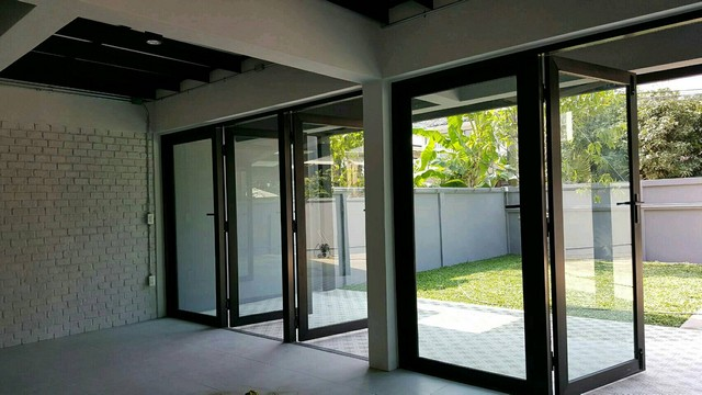For RentHouseLadprao 48, Chokchai 4, Ladprao 71 : Single house for rent in Ruamchok Chokchai Village 4, decorated in LOFT style, suitable for office