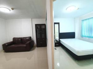 For RentCondoYothinpattana,CDC : For rent Lumpini Condo Town Bodindecha Ramkhamhaeng LUMPINI CONDOTOWN BODINDECHA RAMKHAMHAENG