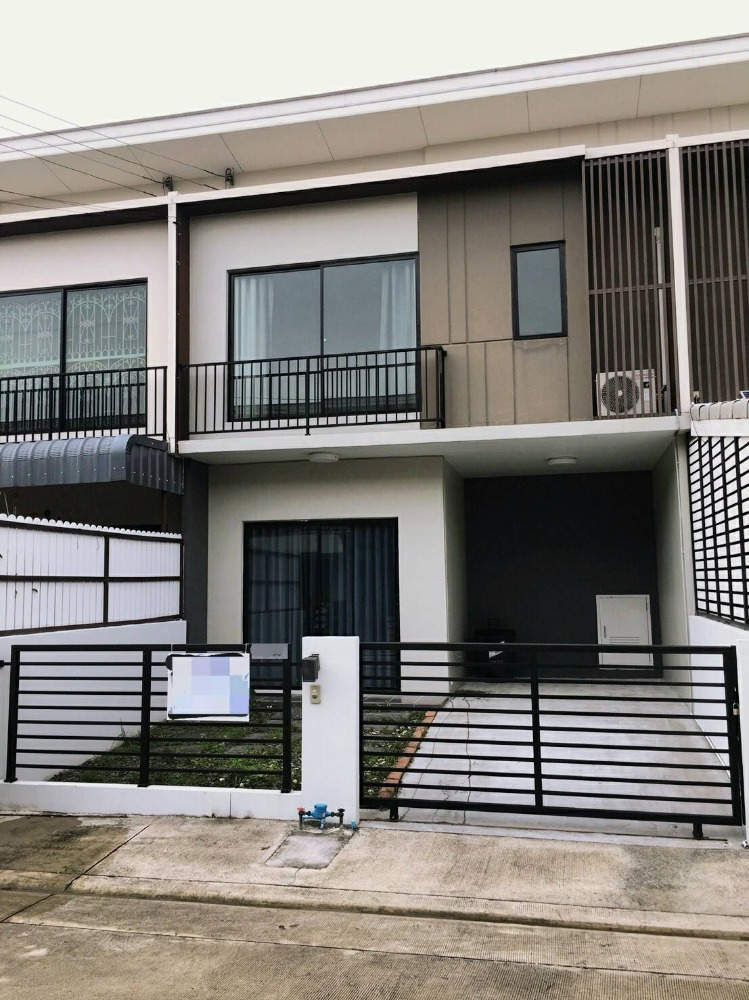 For RentTownhouseChengwatana, Muangthong : BH581 Townhome for rent, 2 floors, 3 bedrooms, 2 bathrooms, The Connect Chaengwattana-Tiwanon, The Connect Chaengwattana-Tiwanon, Muang Thong.