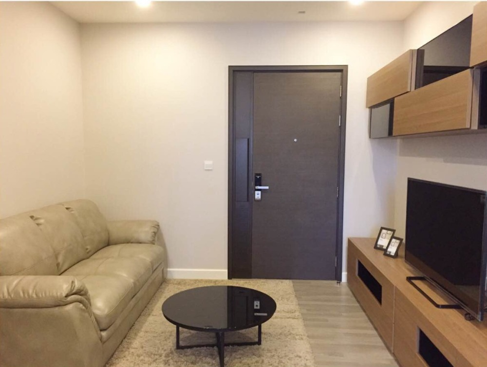 For RentCondoSiam Paragon ,Chulalongkorn,Samyan : For rent, The Room Rama 4, 1 bedroom, South Chulalongkorn view, fully furnished + electrical appliances!