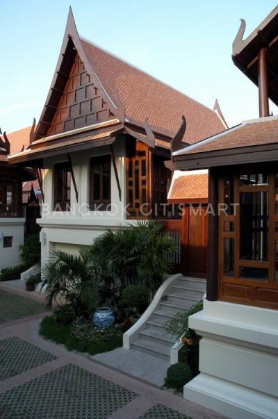 For RentHouseSukhumvit, Asoke, Thonglor : for rent Baan Sukjai