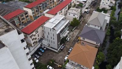 ขายสำนักงานลาดพร้าว71 โชคชัย4 : ที่ดินพร้อมอาคาร สำนักงานสูง 5 ชั้น จำนวน 1 หลัง คุ้มมากมีที่จอด
