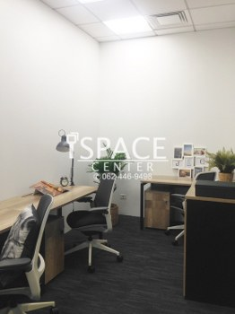 For RentOfficeSathorn, Narathiwat : Service Office for rent, near BTS Surasak, Grade A ++ office, beautiful room with carrying notebook Go to work immediately.!.