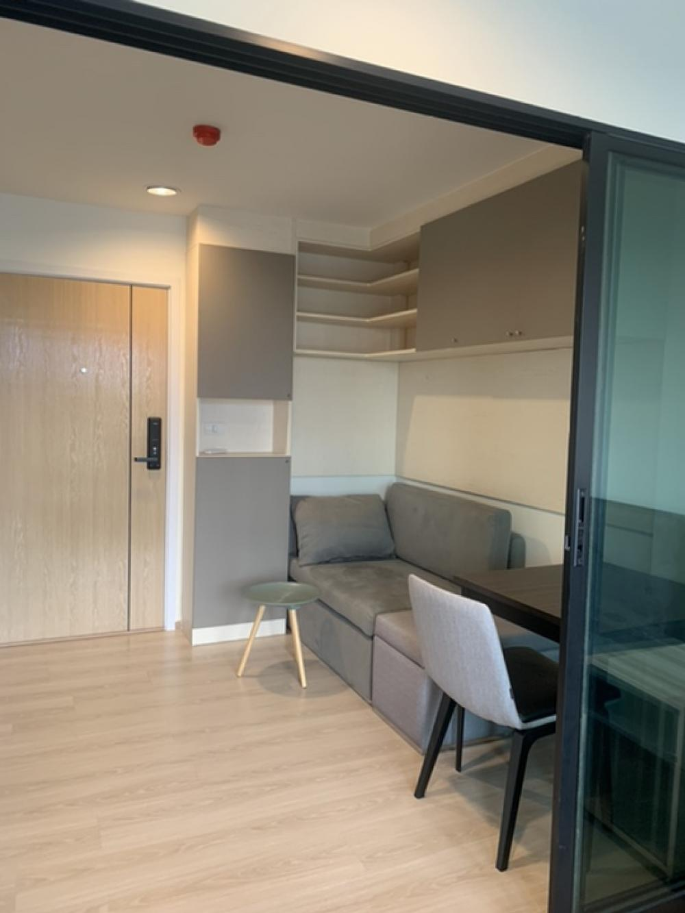 For SaleCondoRama9, RCA, Petchaburi : Condo for sale, rise Rama 9, new condo, fully furnished, ready to move in.