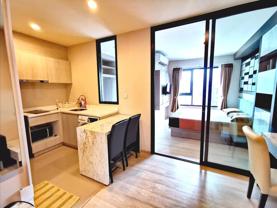 For RentCondoRama9, RCA, Petchaburi : (For Rent / For rent) LIFE Asoke - Rama 9 (Life Asoke - Rama 9) 1 bedroom 1 bathroom, Rental 20,000 baht / month area; 34 sq.m, on the 26 th floor. Or about 7 minutes walk from the royal palace