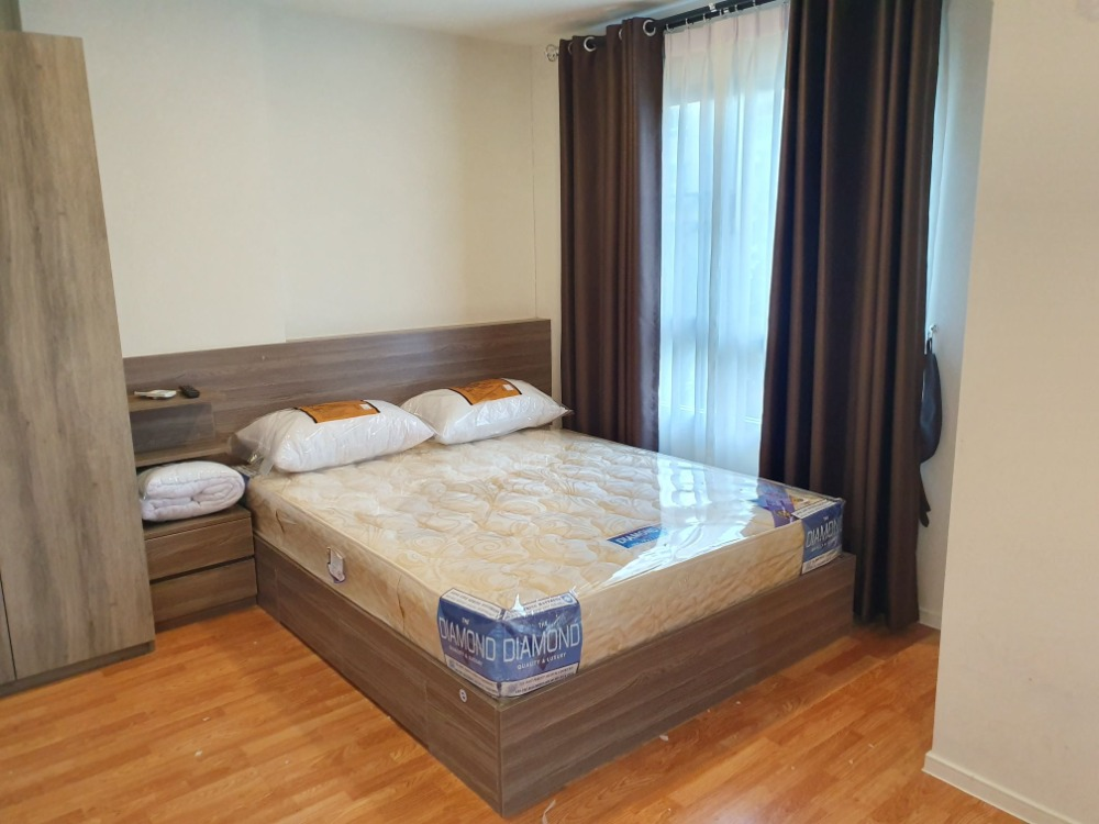 For RentCondoRattanathibet, Sanambinna : R7048 ** For rent ** Condo Lumpini Ville Pranangklao-Riverview, size 22, Building B, 2nd floor, pool view. All electrical appliances are ready.