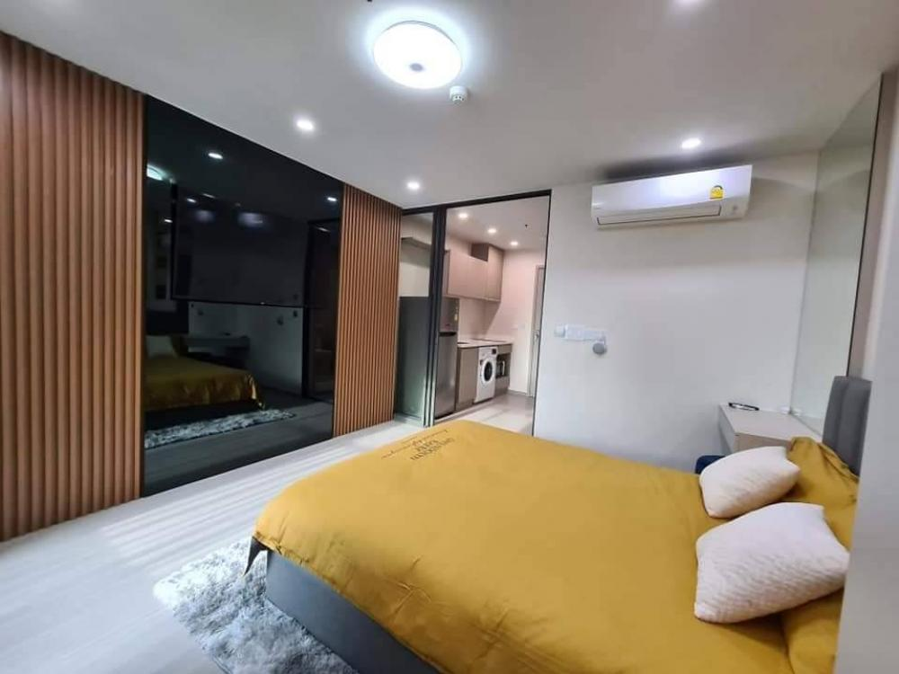 For RentCondoLadprao, Central Ladprao : Condo for rent, Life Ladprao, Smart Home system, operating electrical appliances with sound, watching movies, Netflix + listening to music for free, fully furnished, complete electrical appliances, next to BTS Ha Yaek Ladprao station, connect to MRT Phaho