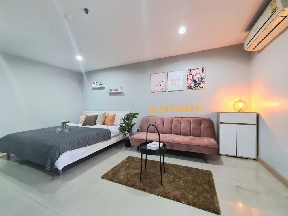 For SaleCondoBangna, Lasalle, Bearing : Selling very cheap !! Condo Regent Home 7 Sanpawut Bangna (Condo Regent Home 7), high floor, very beautiful room, only 1.25