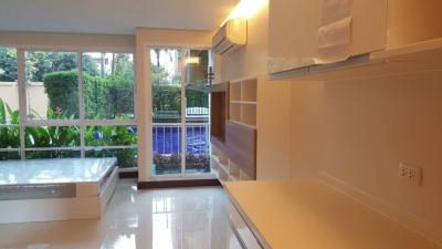 เช่าคอนโดรัชดา ห้วยขวาง : Emerald Residence รัชดา 1ห้องนอน วิวสระว่ายน้ำ