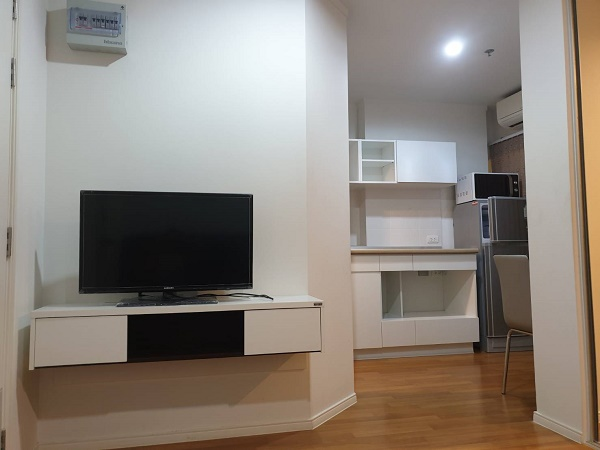 For SaleCondoRama9, RCA, Petchaburi : For sale LPN Park Rama 9 Rca room 26 sq m, 9th floor, Building B, price 2.17 million