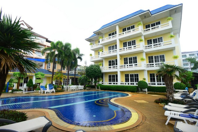 For SaleBusinesses for salePattaya, Bangsaen, Chonburi : SPJ009 4 storey hotel for sale with land area, size 1 Rai than a private beach zone in the heart of Pattaya, near Wong Amat beach.