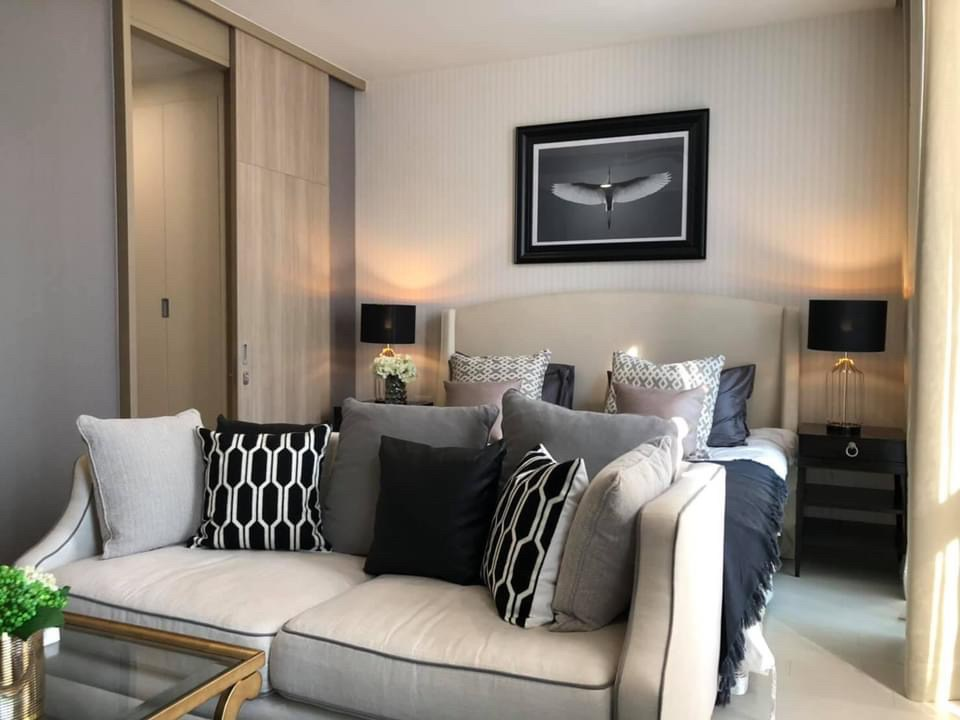 For RentCondoWitthayu,Ploenchit  ,Langsuan : +++ Urgent rent +++ Noble Ploenchit *** 1 bedroom, 52 sq m, ready to move in.