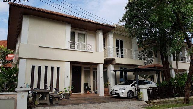 For RentHouseLadprao, Central Ladprao : HR554 House for rent, area 65 sq m. Bangkok Villa Village Close to Singapore International School
