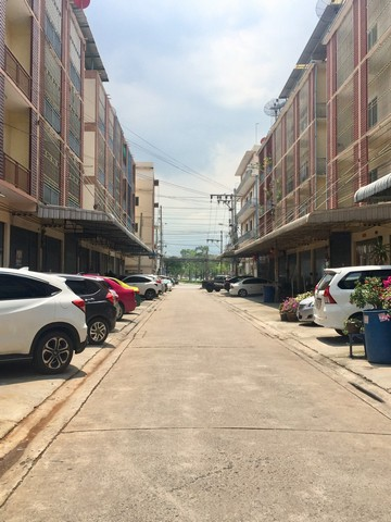For RentShophouseRama 2, Bang Khun Thian : Rent 4-storey building, Bang Khun Thian 3, Bang Bon, Bang Khun Thian, Chai Thale, 22 square meters, 4 bathrooms