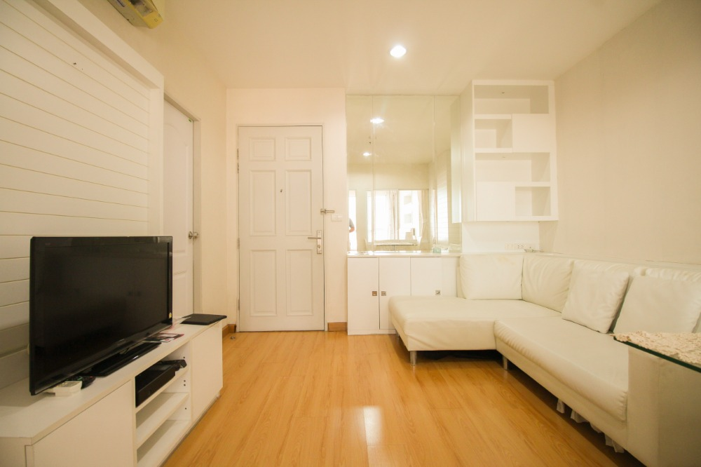 For SaleCondoRatchadapisek, Huaikwang, Suttisan : Click !! Condo for sale Life @ Suttisan next to MRT Sutthisan, special price, who is slow, tell me that I missed !!!