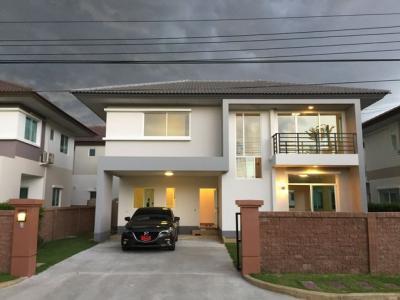 For SaleHouseRamkhamhaeng,Min Buri, Romklao : 2 storey detached house for sale, Casa Ville Ramkhamhaeng Village. Rat Phatthana Road Near motorway Bangkok - Chonburi