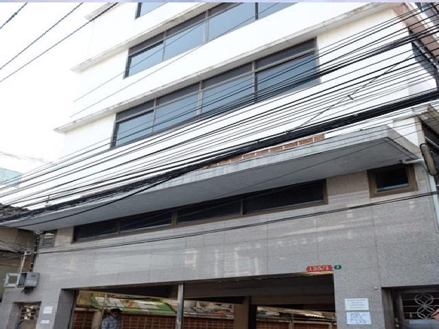 เช่าสำนักงานสาทร นราธิวาส : ให้เช่าอาคารสำนักงาน 5 ชั้น และ 2 ชั้น ถนนสาทร 11 เซ็นหลุยส์ซอย 3 ทำเลดี เหมาะในเชิงพาณิชย์