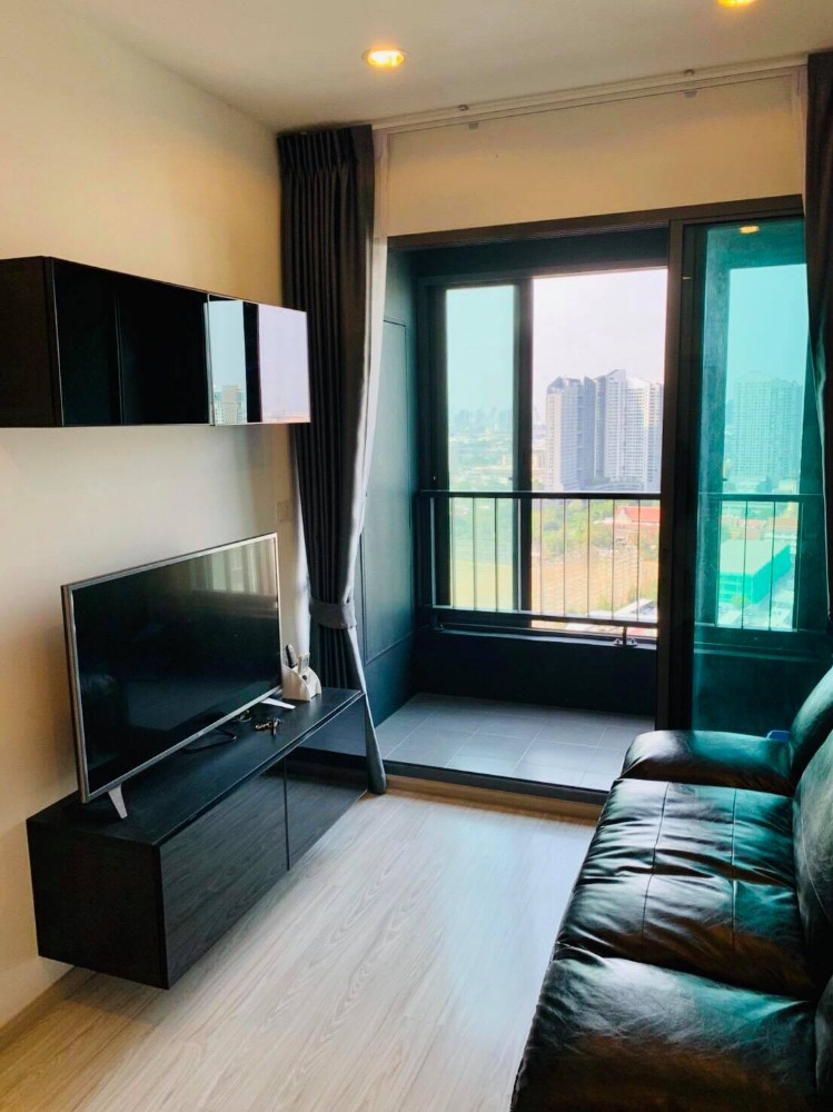 For RentCondoBangna, Lasalle, Bearing : M3022-Condo for rent, Ideo Mobi, Sukhumvit, Eastgate, + washing machine, ready to move in.