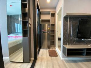 For RentCondoBangna, Lasalle, Bearing : * Have VDO / built-in shelves / Mar. Washing / Nice room, good looking: Rent Notting Hill Sukhumvit 105 BTS Bearing 400m, beautiful room, fully furnished, near 7/11