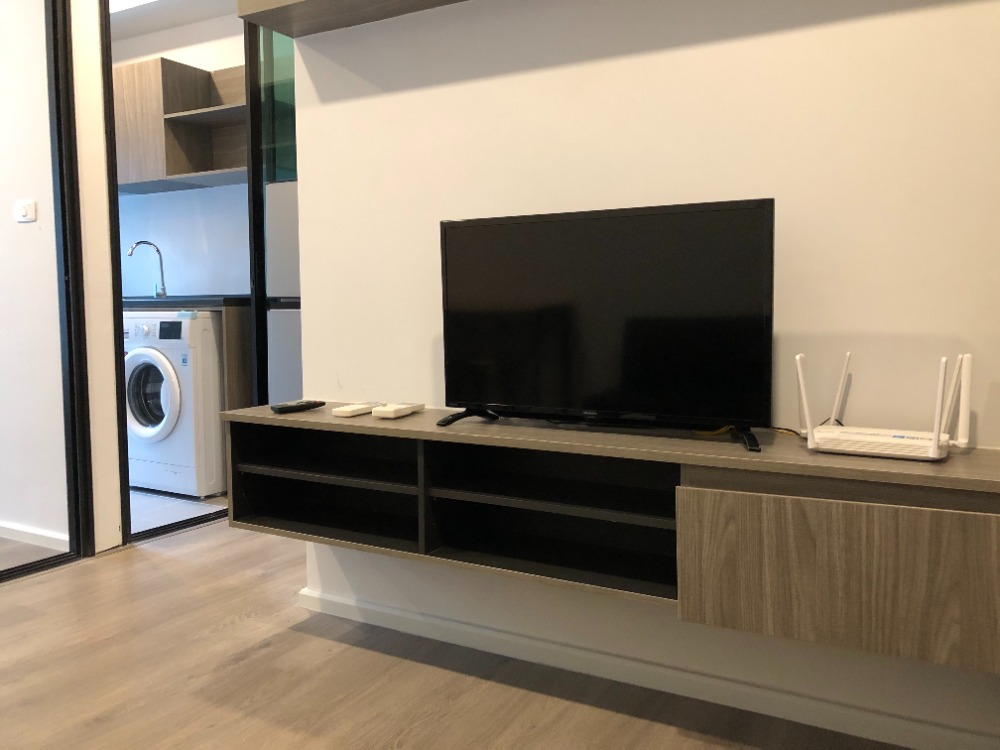 For RentCondoBangna, Lasalle, Bearing : For Rent Notting Hill Sukhumvit 105, pool view, garden view, near BTS Bearing 400m, 7th floor, Mar. Washing is ready.
