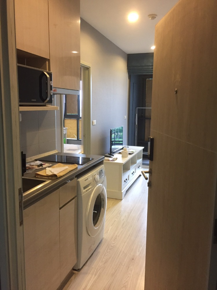 For RentCondoBangna, Lasalle, Bearing : Ideo Mobi Sukhumvit Eastgate for rent, near BTS Bangna, 150m, 1 bed, luxury room, fully furnished
