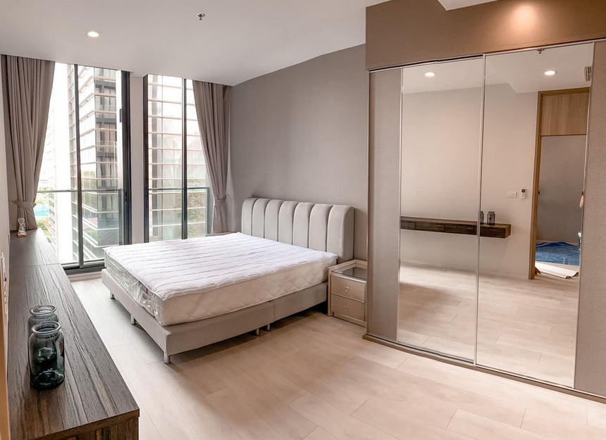 For RentCondoWitthayu,Ploenchit  ,Langsuan : Condo Noble Ploenchit @BTS Ploenchit, Size 45-49 sq.m 1 Bedroom Hogh floor Nice View, Fully furnished
