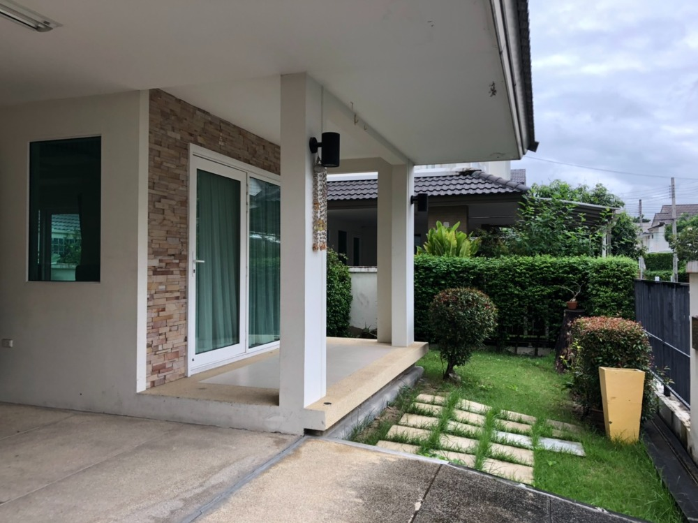 For SaleHouseBangna, Lasalle, Bearing : 3-bedroom Detached House for Sale (with tenant) on Bangna Trad Road nearby Suvarnabhumi airport