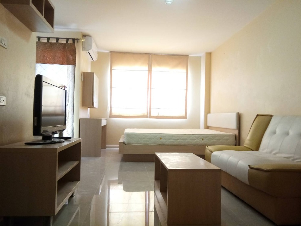 For RentCondoRamkhamhaeng, Hua Mak : Lumpini Bindin Decha Ramkhamwe is still available for rent! Beautiful room, complete furniture, ask for more or make an appointment to watch