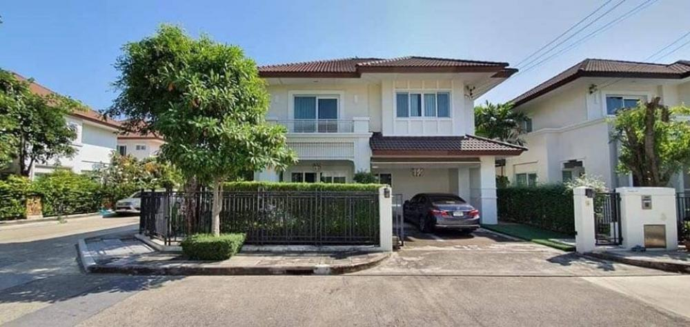 For RentHouseNawamin, Ramindra : House for rent  The Centro Ramintra  300 meters away from Fashion Island