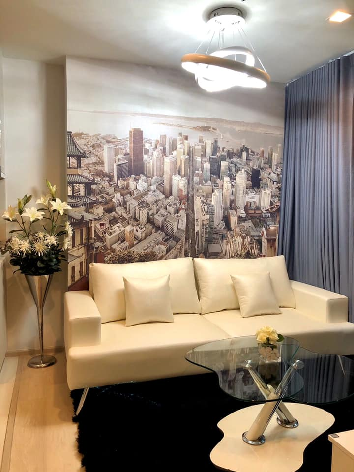 For RentCondoWitthayu,Ploenchit  ,Langsuan : Life One Wireless Condo for rent: 2 bedrooms 1bathroom for 45 sqm. North facing on 12A floor.With nice and fully furnished and electrical appliances. Just 450 m. to Central embassy Department Store, 800 m. to Central