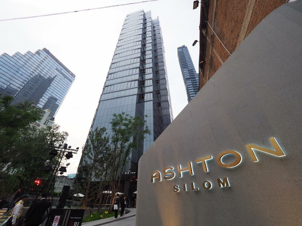 For SaleCondoSilom, Saladaeng, Bangrak : Ashton Silom, sold cheap before closing the project 6.99 mb. 33 sqm. Interested in making an appointment to see the room, call 0963244556.