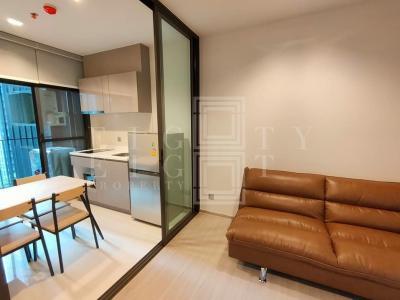 For RentCondoRama9, RCA, Petchaburi : For Rent Life Asoke-Rama 9 (32.8 sqm.)