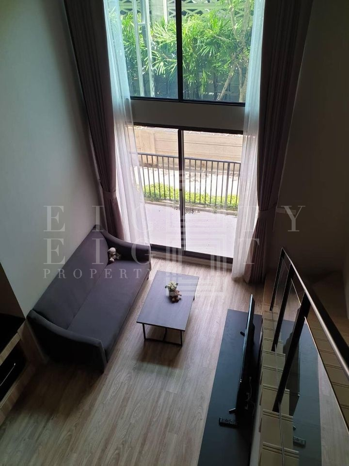 For RentCondoSathorn, Narathiwat : For Rent Blossom Condo @ Sathorn-Charoenrat (45 sqm.)
