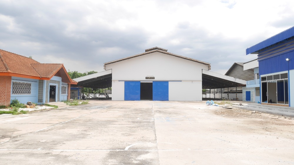 For RentFactoryNawamin, Ramindra : Factory for rent with warehouse 4,800 sq m, 3 rai with license Ror.4 Soi Phraya Suren Ramindra