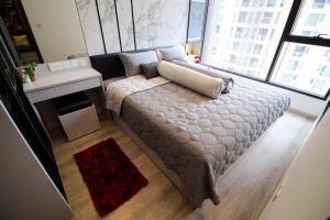 เช่าคอนโดพระราม 9 เพชรบุรีตัดใหม่ : IDEO Mobi Asoke 1 ห้องนอน 1 ห้องน้ำ 1 ห้องนั่งเล่น 32 ตารางเมตร ชั้น 17 ห้องหันหน้าทางทิศตะวันออก