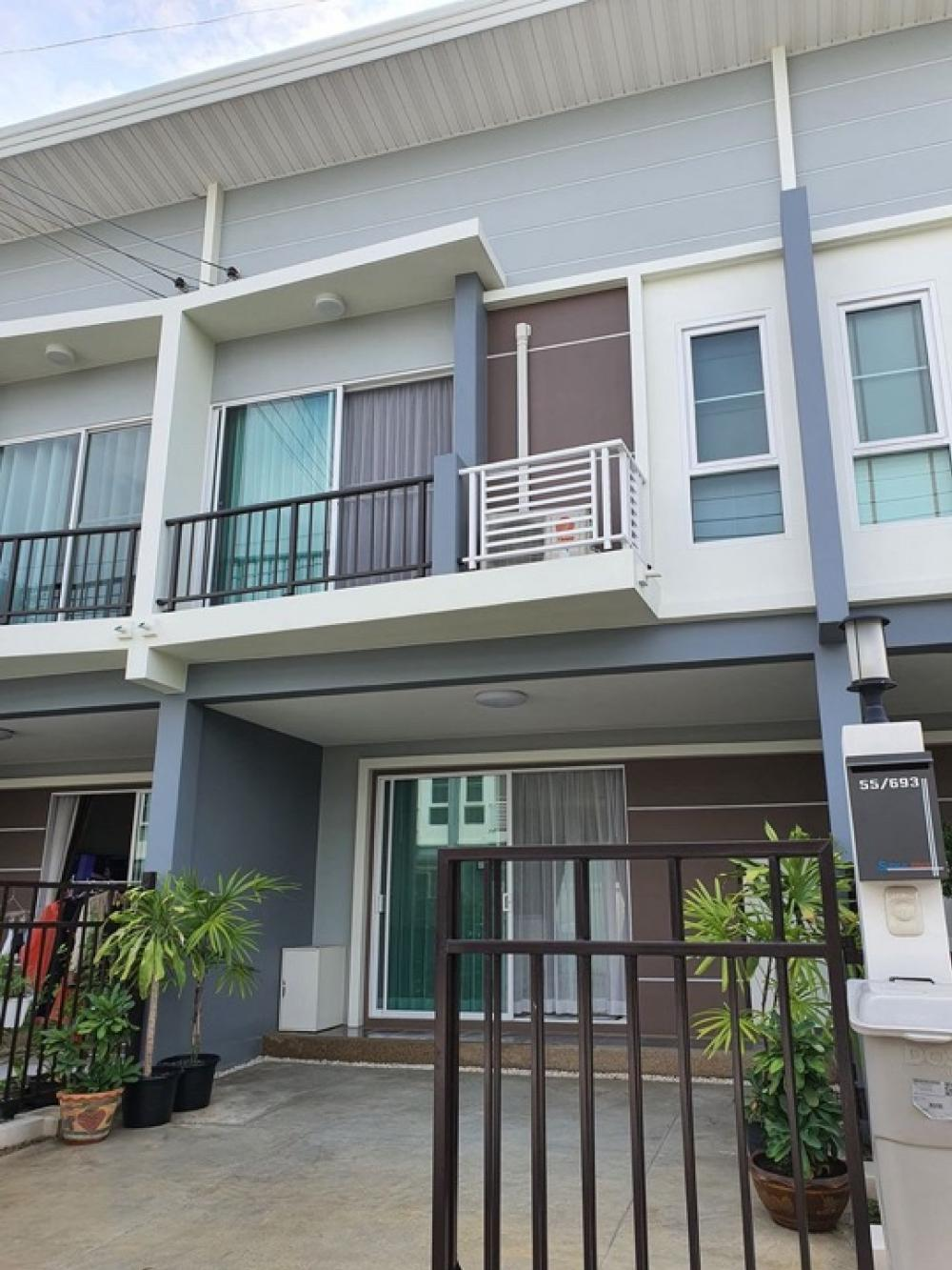 For RentTownhouseLadkrabang, Suwannaphum Airport : Townhome for rent Supalai Pride Bangna Ladkrabang.