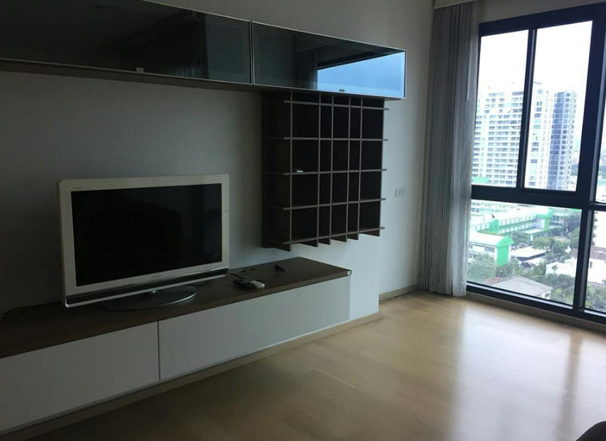 For RentCondoAri,Anusaowaree : The price is very cheap !! Condo for rent: Noble Reflex Size 40sqm (Studio) price 20,000 baht / month