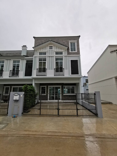 For RentTownhouseBangna, Lasalle, Bearing : Brand new house for rent, corner room, Indy Bangna-Ramkhamhaeng 2.